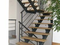 Escalier demi tournant acier Ecully